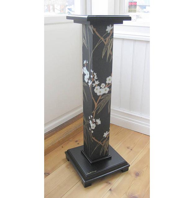 piedestal f r flera blommor design. Black Bedroom Furniture Sets. Home Design Ideas